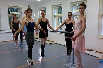 3_dovolena_balet