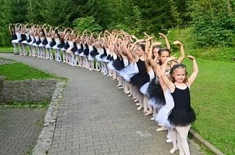 12_soustredeni_balet